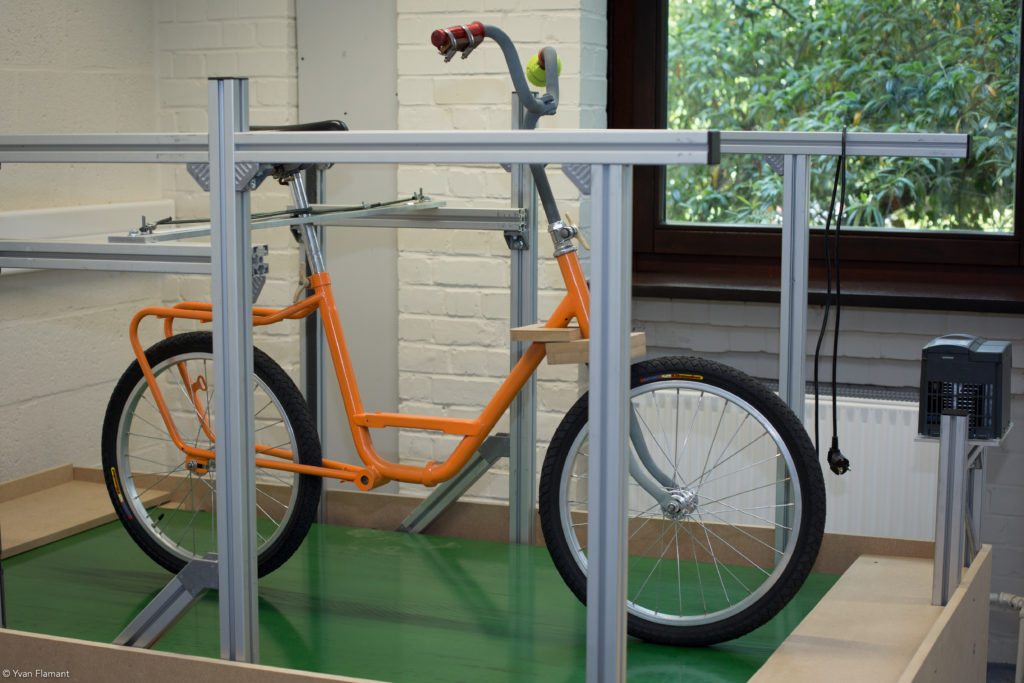 Bike bench